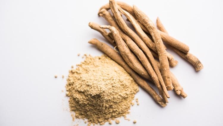 Ashwagandha in stem and powder form